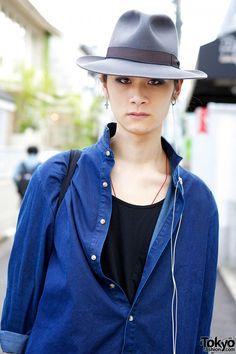 Denim shirt and sarueru pants, worn with hat, cross earrings and canvas sneakers in Harajuku. Yohji Yamamoto, Japan Fashion, Canvas Sneakers, Denim Shirt, Harajuku, Japan Style, Hats, Hat, Denim Shirts