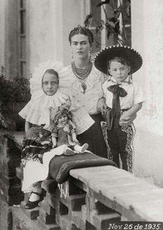 Frida & ninos
