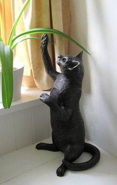 Пушкин Скульптура Сьюзи Марш  Новый размер жизнь скульптура из Сьюзи Марш. Limited Edition 150 штук сопровождаться сертификатом, подписанным Сьюзи.\  Изготовлен из бронзы смолы. Морозостойкость и сейф для хранения вне всего года. Высота 55 см. £ 312 . 50