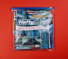 How many pens do you think are in this Hefty(R) Slider Bag? Post your guess below! #hefty #schoolsupplies