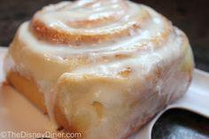 The Disney Diner: Main Street Bakery (Magic Kingdom): Cinnamon Rolls Recipe