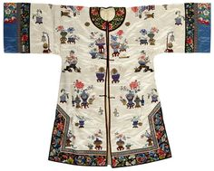 A woman's ivory satin ground embroidered coat Late Qing/Republic period