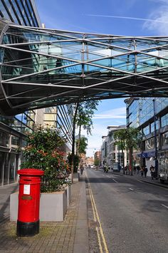 Manchester Arndale Footbridge by jonnywalker, via Flickr Visit Manchester, Manchester City Centre, Manchester England, Glass Bridge, Salford, Pedestrian Bridge, City Wallpaper, Worldwide Travel, City Photography