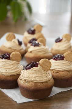 Giant Peanut Butter and Jelly Cookie Cups | Wishes and Dishes