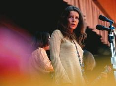 Janis Joplin - Ball And Chain (Amazing Performance at Monterey). With Big Brother and the Holding Company, she performed the song at the Monterey Pop Festival in 1967 to an enthusiastic audience and critical reception. Janis Joplin, Kinds Of Music, Music Love, Pop Music, Rock N Roll, Monterey Pop Festival, Female Singers, My Favorite Music, Summer Of Love