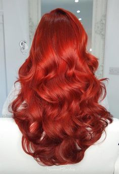 63 Hot Red Hair Color Shades to Dye for: Red Hair Dye Tips & Ideas - Hair/Frisuren - Hair Styles Color Your Hair, Ombre Hair Color, Cool Hair Color, Hair Colour, Red Color, Dyed Tips, Hair Dye Tips, Haircuts For Curly Hair, Curly Hair Styles