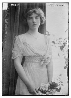 Countess Zia Torbay (LOC) by The Library of Congress, via Flickr