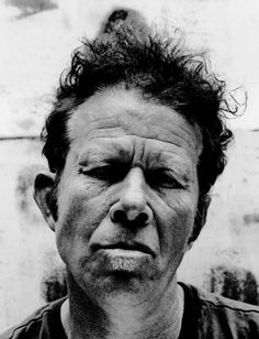«How do the angels get to sleep when the Devil leaves his porch light on?» Tom Waits