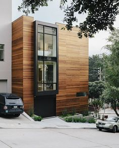 """Facade house - The house was designed to complement the challenging triangular corner site and its context """" —George Bradley, architect Architecture Durable, Architecture Design, Contemporary Architecture, Landscape Architecture, Contemporary Office, Architecture Websites, Contemporary Apartment, Contemporary Wallpaper, Contemporary Garden"""