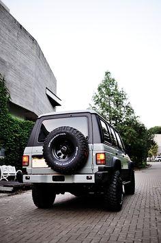Mitsubishi Pajero -> Hyundai Galloper -> Mohenic Garages redesign - MohenicG Mohenic Grey Off-Look ver. www.the.co.kr