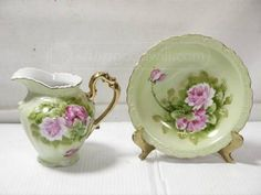 Knowledgeable Antique Pastel Floral Footed Porcelain Cream Pitcher Heavy Gold Trim High Quality Antiques