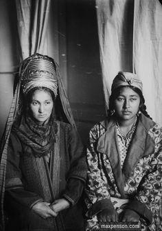 """Two Turkmen Women"" | ©Max Penson"