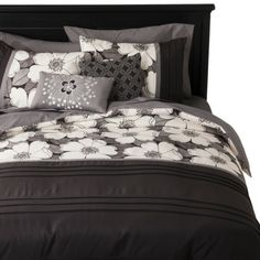 Kenley 5 Piece Duvet Cover Set Black/White - on clearance at Target.  GOT IT!!!