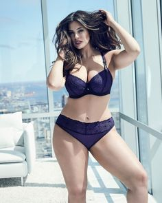 plus-size-addition-elle-Ashley-Graham-Showstopper-and-matching-panty