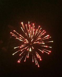Happy new years  Hasil jeprat jepret hp sendiri dan puas bgt hasilnya ada yg bagus  #photobyme #fireworks #metime #likeforlike #like4likes #iphone6photography #bnw by chyla_washila Love #iPhone6 Photography follow http://ift.tt/1SfZBFk #iPhone 6 #Photography/ #photographer #photo #photos #picture #pictures #camera #only