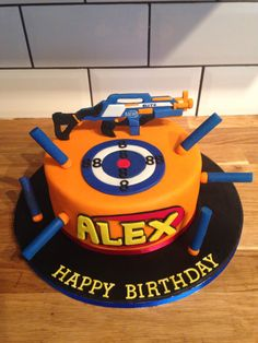The Best Nerf Gun Birthday Cake - Birthday Party Ideas Nerf Birthday Party, Birthday Cake Card, Nerf Party, 8th Birthday, Birthday Cakes For Boys, Birthday Ideas, Bolo Nerf, Anniversaire Laser Game, Fondant Cakes