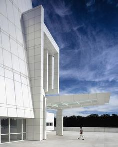 Profile – Richard Meier & Partners Architects