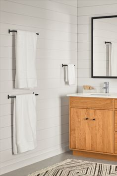 At once simple and functional, our Slim towel racks are crafted by artisans in Minnesota. Made of stainless steel, these strong and durable pieces bring modern design to the bath. Complete the look by pairing with coordinating Slim bath fixtures. White Bathroom Decor, Modern Towel Bars, Best Bathroom Designs, Bath Towel Racks, Bathroom, Towel Rack, Guest Bathroom Towels, Bathroom Design, Bathroom Decor