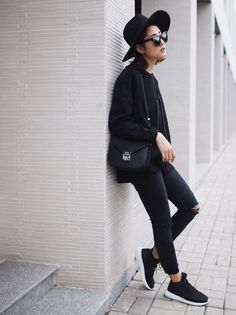 Sao & fashionista Việt thi nhau khoe street style hiện đại - Kenh14 Mobile