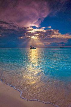 Makalawena Beach - Kailua Kona, Hawaii #beach #tropical #island #luxury #vacation