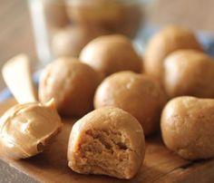 Dashing Dish: No Bake Peanut Butter Cookie Dough Protein Balls Peanut Butter Protein, Peanut Butter Balls, Peanut Butter Recipes, Peanut Butter Cookies, Pb2 Cookies, Powdered Peanut Butter, Peanut Flour, Pb2 Recipes, Protein Powder Recipes