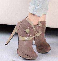 Graceful & Trendy Clasp High-heeled Short Boots----Khaki