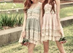 vintage bridesmaid dress idea
