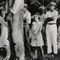 Want to know how slavery affected whites? Right here. This young child grins at a slaughtered lynched corpse. #sick