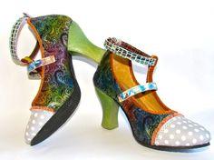 BINDI - PISAVERDE,diseño y producción de calzado ARTESANO