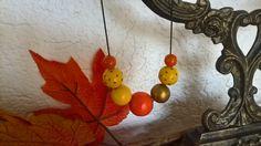 Halím+se+do+podzimní+dřevěné+malované+korálky+na+krk+v+podzimních+barvách+na+nylonové+šňůrce+s+posuvnými+uzlíky,+obvod+48+cm+-+91cm