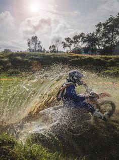 Wheel spin #motocross