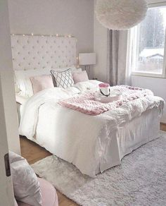 38 Cute and Girly Bedroom Decorating Tips for Teenagers cute bedroom ideas; Bedroom Decor For Teen Girls, Small Room Bedroom, Cozy Bedroom, Dream Bedroom, Home Decor Bedroom, Master Bedroom, Teen Bedroom, Rooms For Teenage Girl, Bedroom Wardrobe