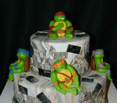 Teenage Mutant Ninja Turtles cake from Little Cakes on the Prairie! Tmnt Cake, Fondant Cake Toppers, Little Cakes, Teenage Mutant Ninja, Ninja Turtles, Cake Decorating, Cake Ideas, Birthday, Handmade Gifts