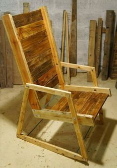If you want to be generously creative then pallet wood is the best option to let your creativity fly high. Here we suggest you lot of easy pallet wood projects that are easy and pocket-friendly too. You can create awesome furniture items with pallet wood and can be munificently innovative with the originality of pallet wood.