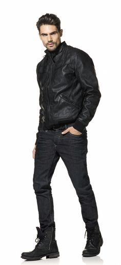 Need a sophisticated look without spending a lot? Match a fake leather jacket with your rebel jeans! #salsa #fw12 #aw12
