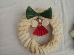 decoración navideña con hojas de tamal