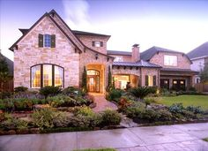 lovely quintessential Texas home