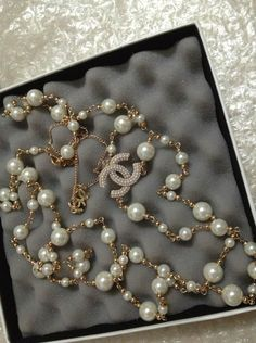 New Chanel Designer CC Logo and Pearls Necklace Jewellery