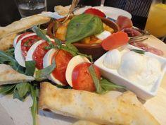 Puntino Trattoria Woolloomooloo Sydney Food, Sydney Restaurants, Gnocchi, Caprese Salad, Mozzarella, Appetizers, Pizza, Dining, Eat