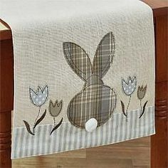 "Bunny & Tulip Applique Table Runner - 42"" #easter #tablerunner #parkdesign #countrydecor #spring #chicks #bunnies"