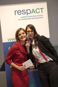 Die #erdbeerwoche wurde im Rahmen des 10. österreichischen CSR-Tages in Villach als nachhaltigste Business Innovation Österreichs prämiert. Business Innovation, Villach, Sustainability, Frame