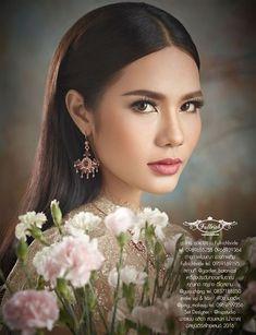 สาวผิวแทน น้ำตาล ชลิตา ส่วนเสน่ห์ มิสยูนิเวิร์สไทยแลนด์ 2016 ขวัญใจคนไทยที่ไม่ว่าจะมองมุมไหนก็ดูสวยเซ็กซี่จนหลายคนปลื้มในความสวยตามแบบฉบับสาวไทยของเธอ