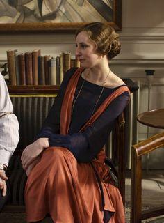 Laura Carmichael as Lady Edith Crawley in Downton Abbey (TV Series, 2013).