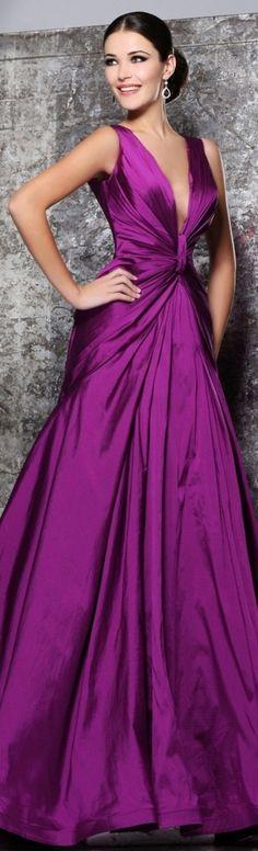 ✿Dress Up✿ / Tarik Ediz couture 2013 ~ od Lace Dresses, Elegant Dresses, Pretty Dresses, Prom Dresses, Short Dresses, Dress Prom, Party Dress, Oscar Dresses, Bridesmaid Gowns