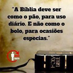 A paz do Senhor JESUS amados irmãos ! ♥♥♥♥♥♥♥♥♥♥♥♥♥♥ Leia as santas escrituras para conhecer o nosso Deus , não deixe a ignorância tomar conta de sua vida com Cristo ,  as vezes você esteja passando por algo que você não entende e DEUS quer fazer você entender através da Palavra , então medite na bíblia  #biblia  #sagradasEscrituras #palavradeDEUS #santidade #salvação #leiaaBiblia