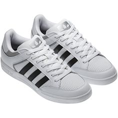 the best attitude 348d4 3f092 Mens Varial Low Shoes, Running White  Metallic Silver  Black