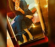 Uploaded by iqra rehman. Find images and videos on We Heart It - the app to get lost in what you love. Cute Girl Poses, Cute Girl Photo, Beautiful Girl Photo, Girl Photo Poses, Girly Images, Cool Girl Pictures, Girl Photos, Stylish Girls Photos, Stylish Girl Pic