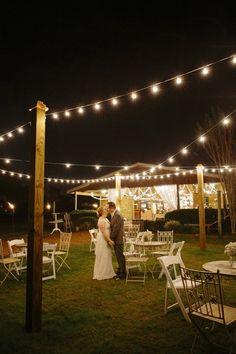 OUTDOOR RUSTIC BARN WEDDING