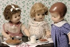 What an adorable doll scene! To the left is Betty Brite, the middle is MaryAnne, and then the original Patsy Ann