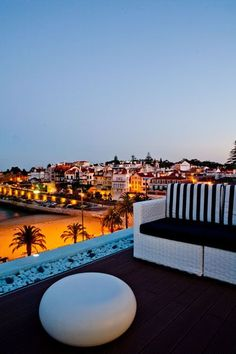 de 2020 - Casa inteira/apto por Barca Charm House - Colares Sintra - Heated pool near the beach. Hotel Portugal, Portugal Vacation, Sintra Portugal, Portugal Travel, Spain And Portugal, Spain Travel, Algarve, Oh The Places You'll Go, Places To Visit